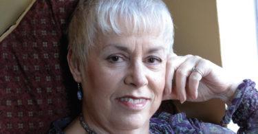 Headshot - photograph of Christine Graf