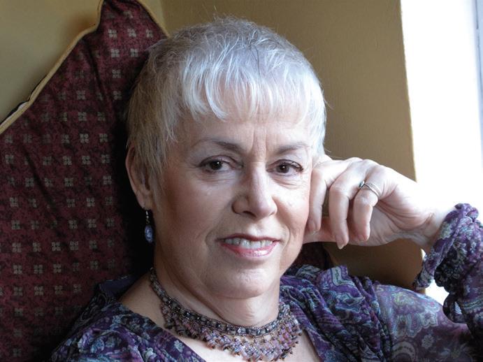 Photo of Christine Graf (headshot)
